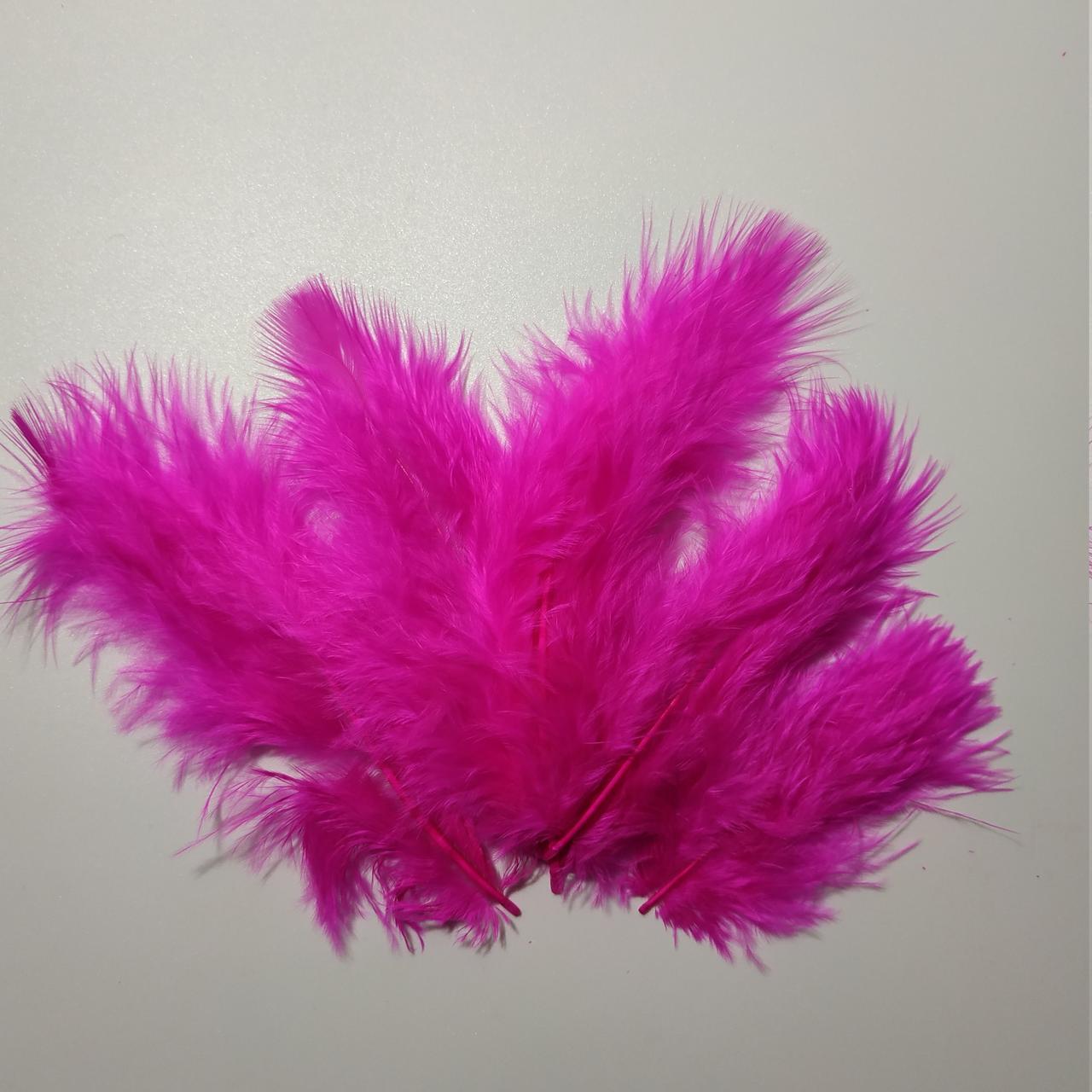 Декоративные перья SoFun 5-10 см малиновые 100 шт