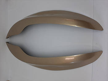 Накладки (реснички) на передние фары Нива Шевроле 2123 (бежевого цвета)