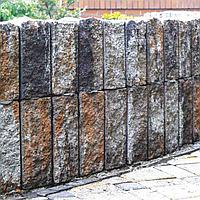Камень декоративный для клумбы