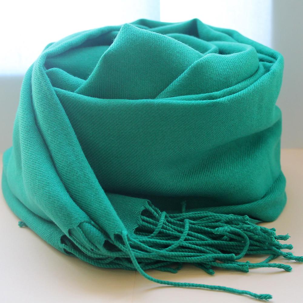 Женский шарф демисезонный