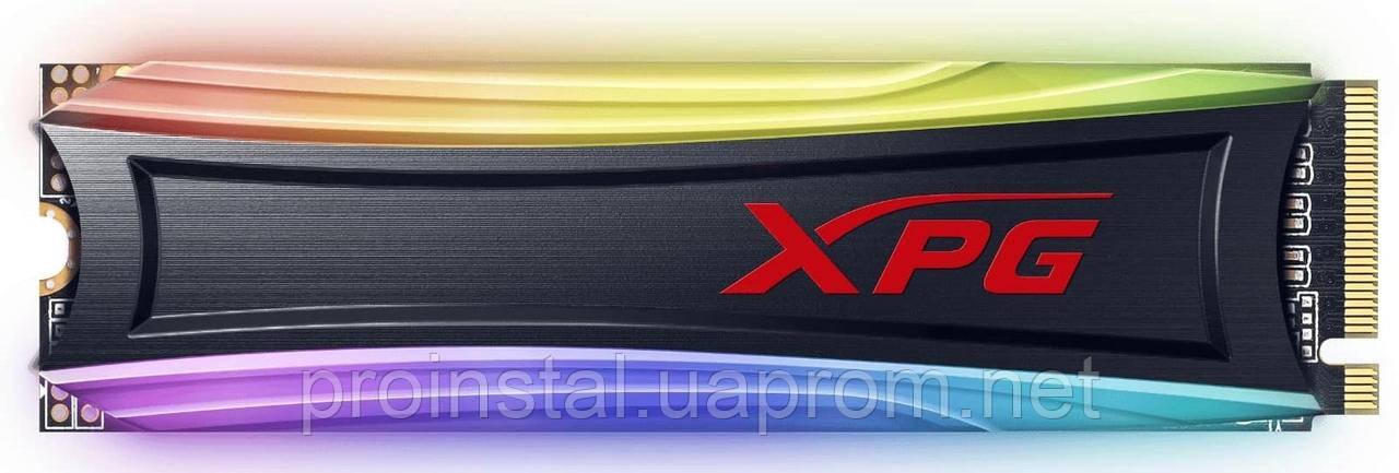 Твердотельный накопитель SSD ADATA M.2 NVMe PCIe 3.0 x4 256GB 2280 S40G RGB