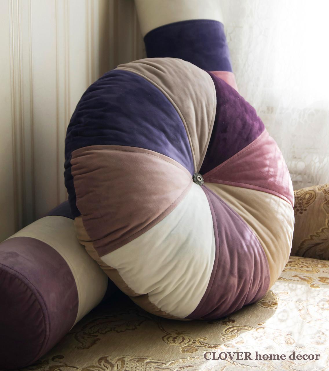 Декоративная круглая бархатная подушка