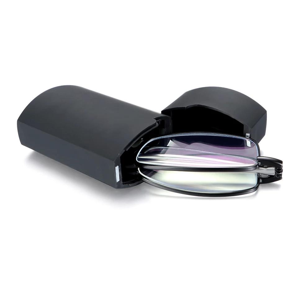 Складные очки  (+1.5) в футляре