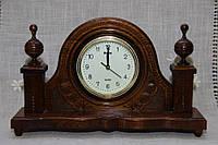 Годинник дерев'яний настільний ручної роботи