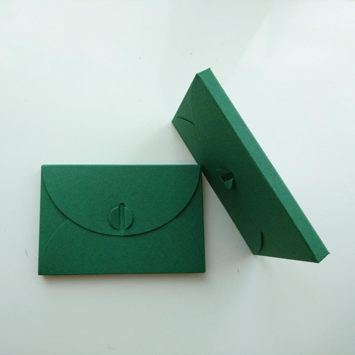 Подарочный конверт из эко крафт-картона 80х120х8 мм + ПОДАРОК (на 200 шт конвертов) Зеленый