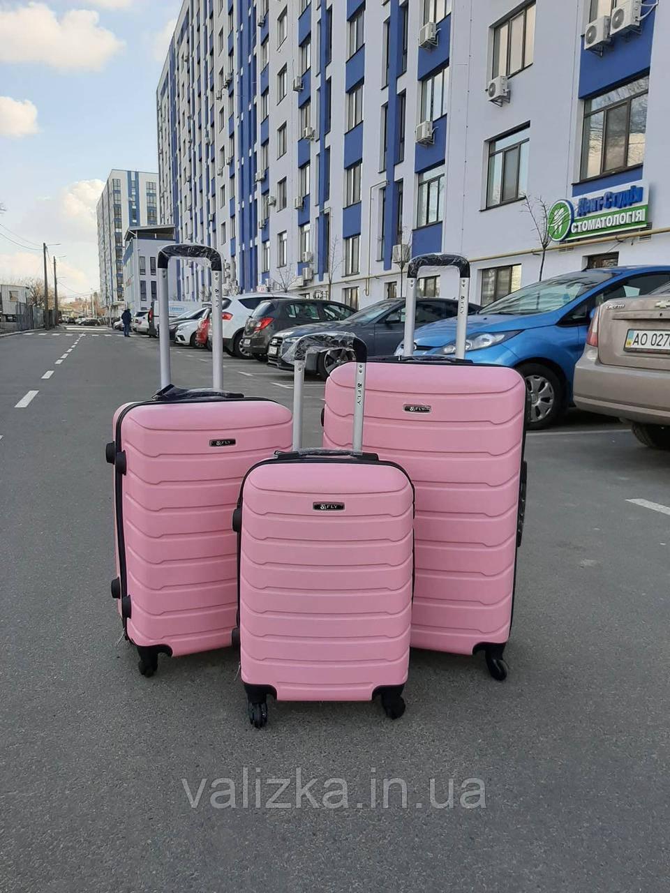 Средний пластиковый чемодан на 4-х колесах качественный розовый чемодан / Пластикова валіза середня