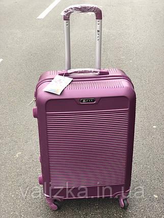 Малий пластиковий чемодан для ручної поклажі на 4-х колесах фіолетовий S+, фото 2