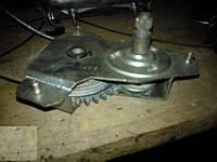 Стеклоподъемник задний ВАЗ 2104 2105 2107 левый правый, фото 1
