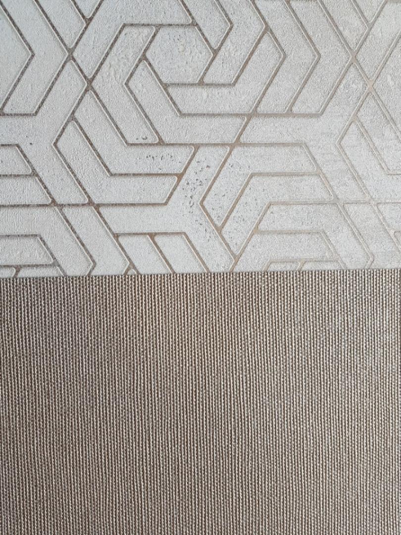 Шпалери вінілові на флізелін Marburg City glam метрові однотонні структурні в точку під тканину золотисті