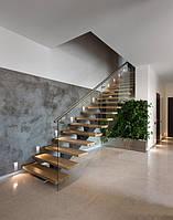 Прямая деревянная лестница на второй этаж, фото 1