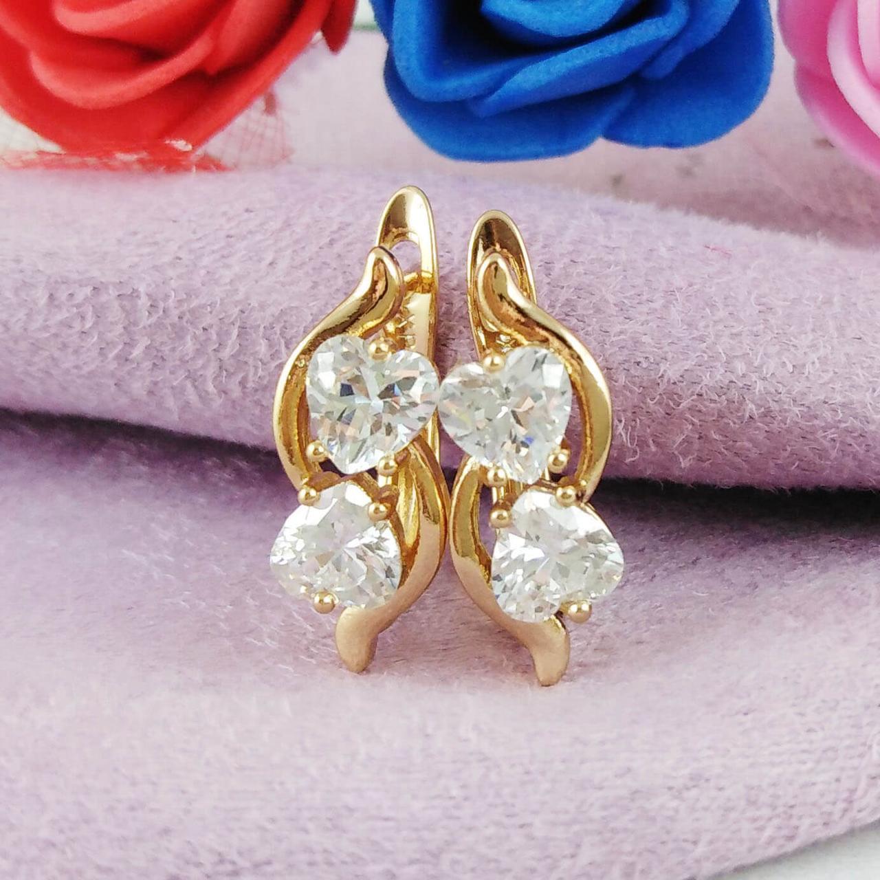 Серьги Xuping Jewelry Кристальные сердечки медицинское золото позолота 18К английский замок А/В 5768