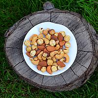 Ассорти жареных орехов (миндаль, кешью, фундук), фото 1