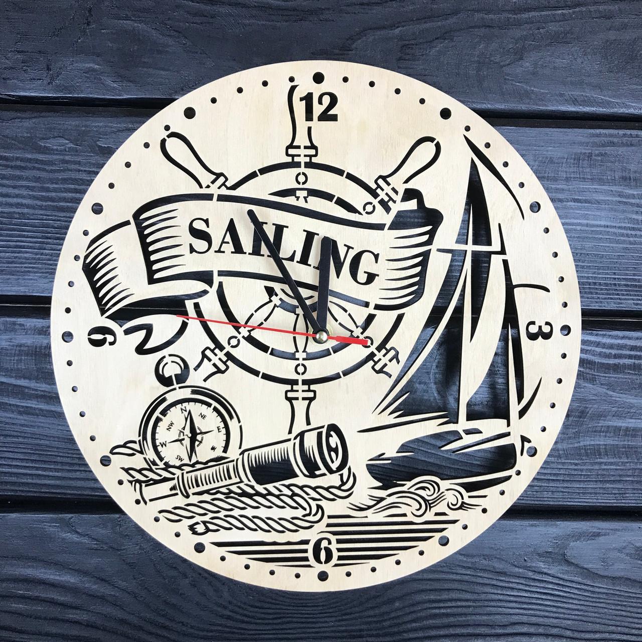 Настенные часы из дерева «Плавание под парусом»