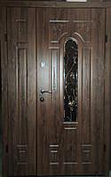 Входная дверь полуторная с ковкой бронзовый дуб