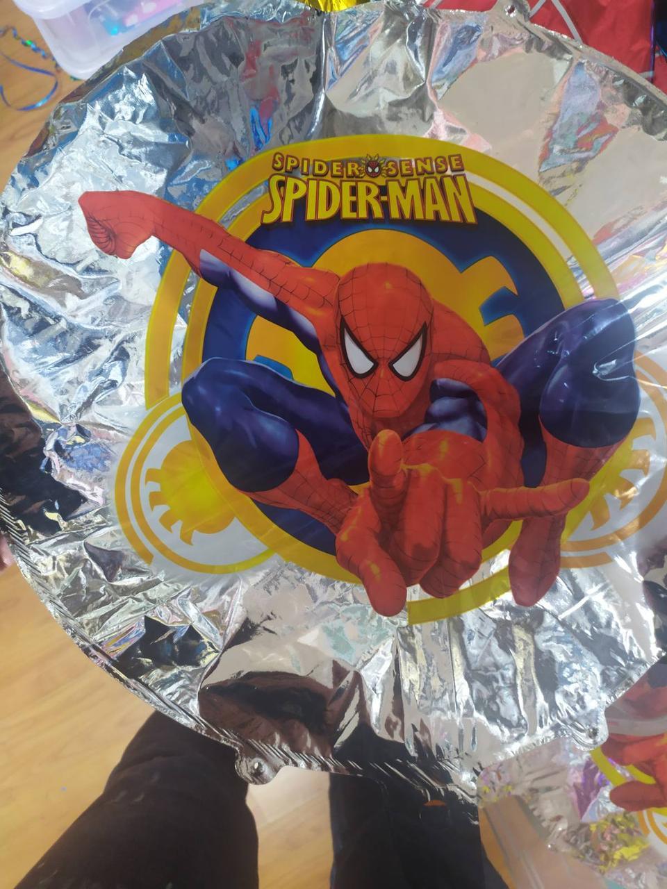 """Фольгована кулька коло людина павук на срібному фоні 18"""" Китай"""
