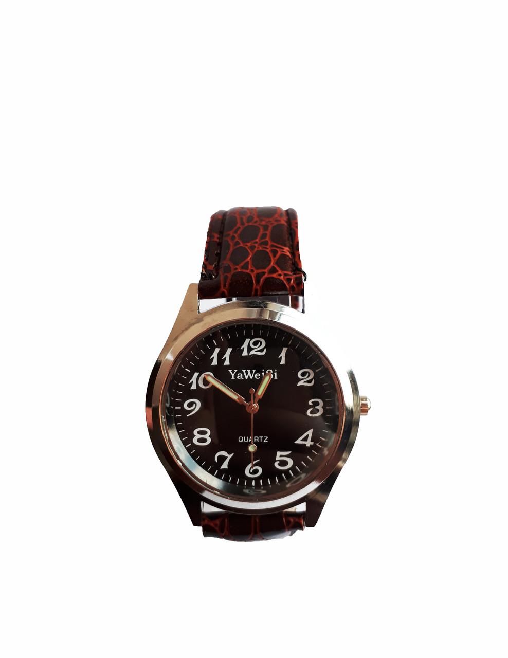 Часы YaWeiSi мужские кварцевые на коричневом ремешке серебристый, черный опт
