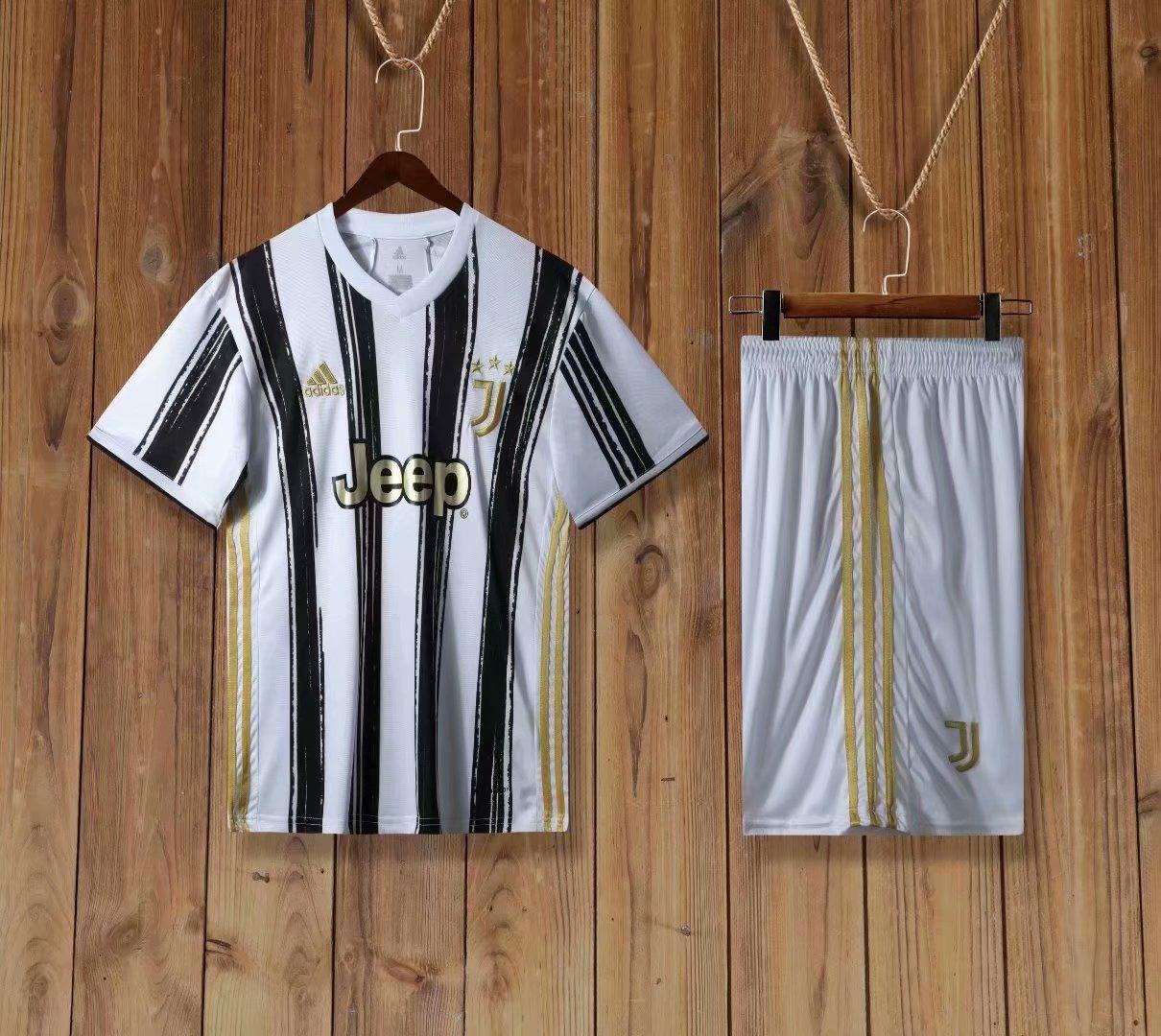 Футбольная форма Juventus Ювентус 2020-21 домашняя