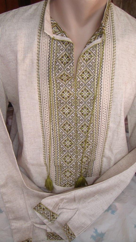 Чоловіча вишита сорочка ручної роботи з зеленим орнаментом і мережками  (Мужская вышитая рубашка ручной работы d942fdbbfdafe