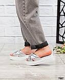 Босоножки - шлепки кожаные серебристые, фото 2