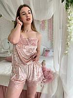 Стильная и элегантная модель пижамки с шортиками, топ и шортики декорированы  круживом