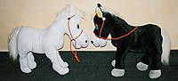 Конь плюшевый музыкальный , мягкая игрушка
