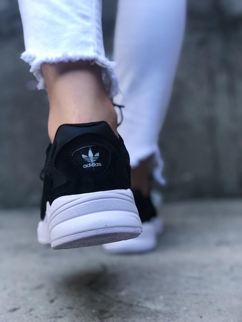 Мужские кроссовки Adidas Falcon Black White (Черный). [Размеры в наличии: 41,43,44]