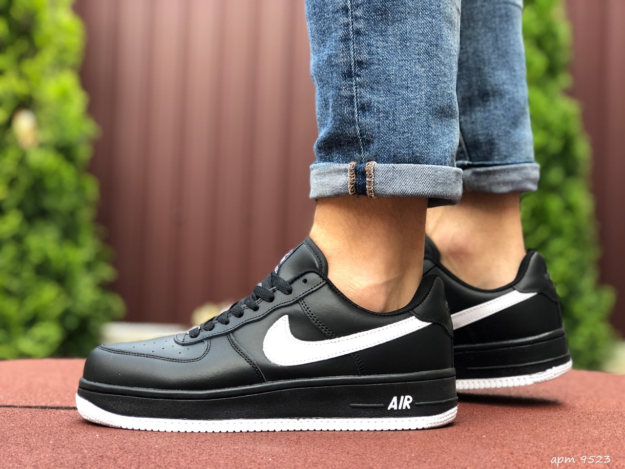 Чоловічі кросівки Nike Air Force (чорно-білі) 9523