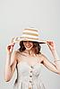 Шляпка широкополая Флоренс полосатая капучино-белый цвет, фото 3