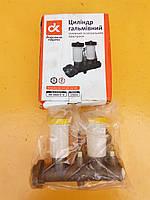 Главный тормозной цилиндр УАЗ старого образца с 2 бачками 469-3505010-10 с сигнальным устройством (ДК)
