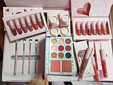 Набор косметики Kylie Jenner розовый, фото 2
