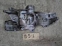 Кронштейн крепления генератора VW Passat B5 1.8i AWT 06B 903 143 N, 06B903143N