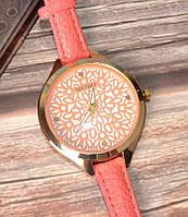 Женские наручные часы с тонким ремешком Meibo pink