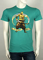 Стильная мужская футболка на лето с принтом козака