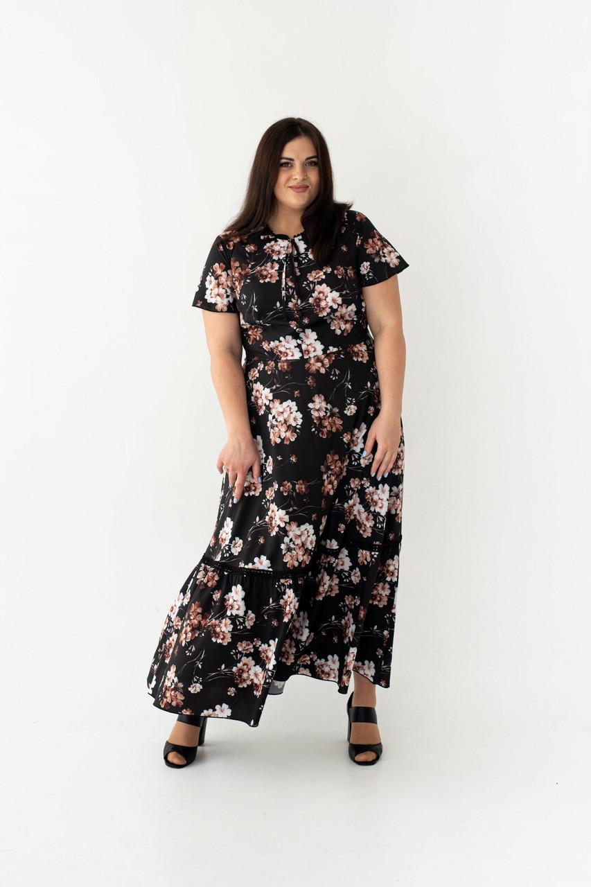 Летнее платье с принтом черное