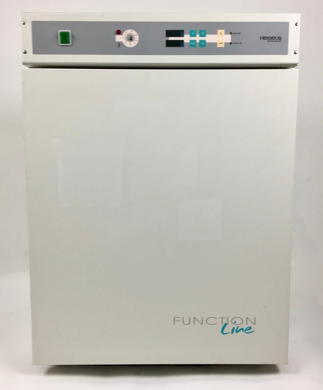 Б/У Медицинский воздушный стерилизатор Heraeus Functionline BB 16 CO2 (сухожаровой шкаф)
