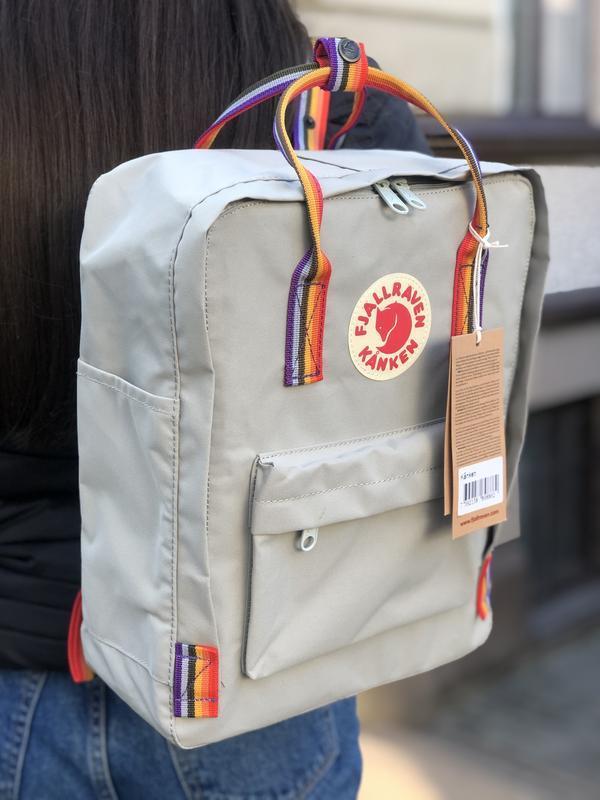 Стильный рюкзак Fjallraven Kanken светло-серый/ Портфель для школы и на каждый день
