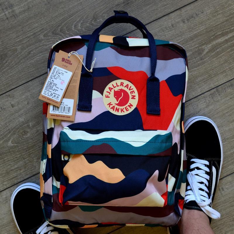 Стильный рюкзак Fjallraven Kanken разноцветный/ Портфель для школы и на каждый день