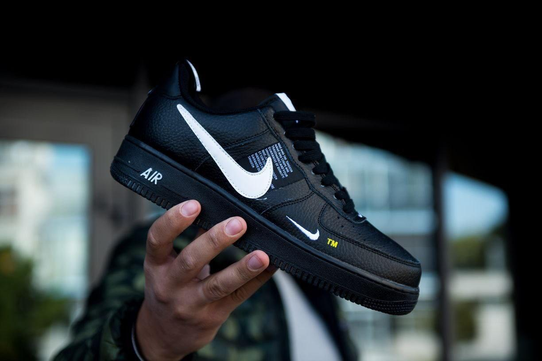 "Мужские кроссовки Nike Air Force 1 07' LV8 Utility ""Black"" чёрные."