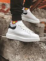 Мужские кроссовки Alexander Mcqueen, белые с чёрным задником. Размеры (37,38,39,40,41,42,43,44)