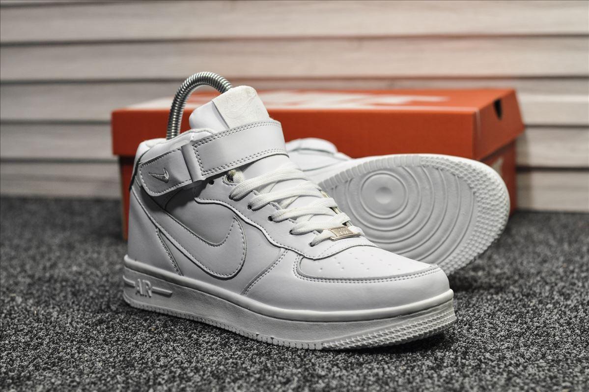 Мужские кроссовки Nike Air Force White Winter (на меху) зима, белые. Размеры (37,38,39,40,41,42,43,44,45)