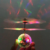 Летающий шар мяч ветолёт светящийся сенсор Flying Ball Air led sensor sphere CARDBOARD CASE, фото 3