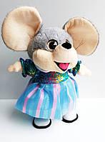 Поющая и танцующая мягкая игрушка 1214 Мышка в тканевой юбке