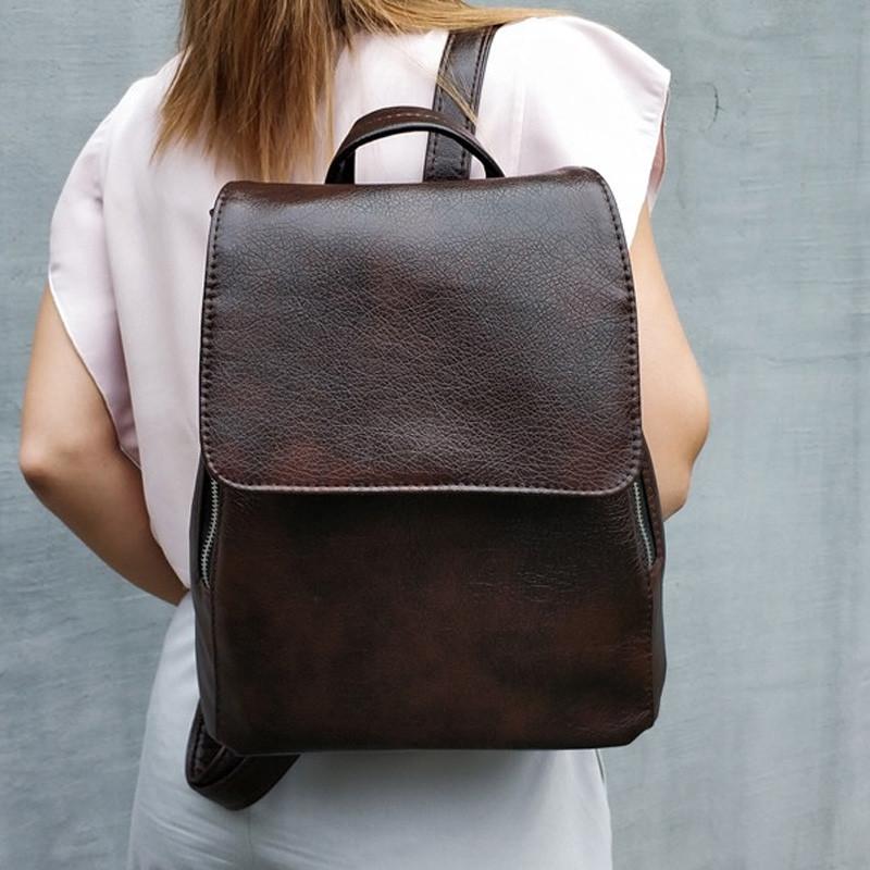 Женский рюкзак с клапаном коричневый Monsen  10Ko1113-brown