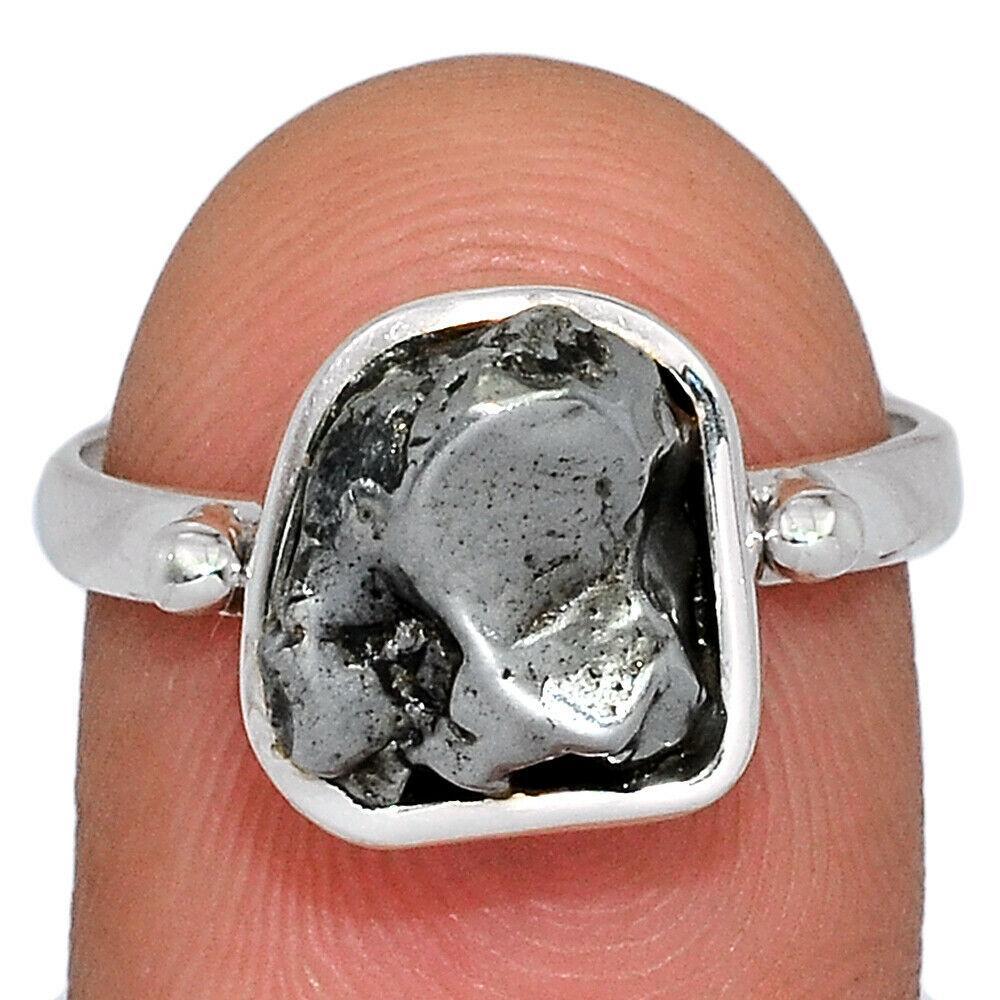 Серебряное кольцо с метеоритом Кампо-дель-Сьело, 2384КЦМ