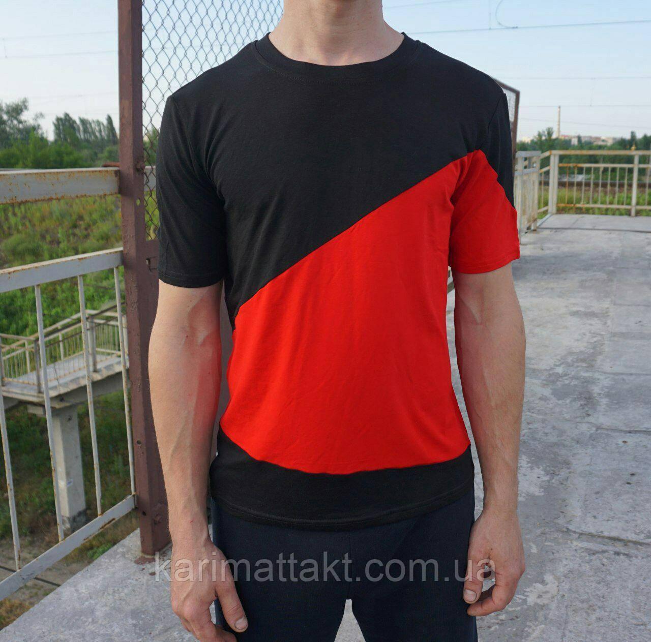 Двухцветная мужская футболка
