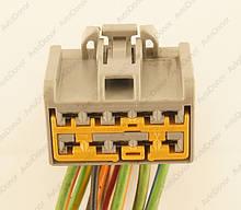 Разъем автомобильный 10-pin/контактный. 30×19 mm. Б.У
