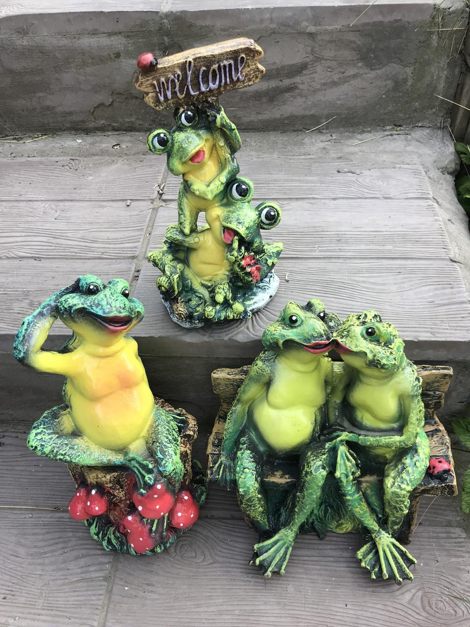 Комплект из 3 шт садовых фигур Лягушки (32 см, 36 см, 30 см)