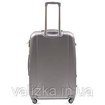 Большой пластиковый чемодан с фурнитурой в цвет серебристый, фото 3