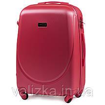 Комплект пластиковых чемоданов 3 шт:  малый, средний, большой с фурнитурой в цвет красные, фото 3