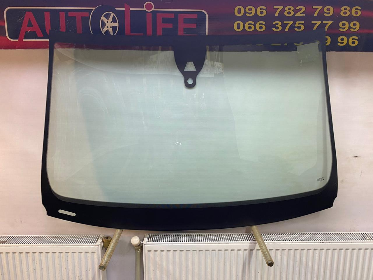 Лобовое стеклоAUDI Q7 (2006-) датчик дождя Автостекло Ауди сенсор дождя Лобове скло Ауді 1716 грн. Доставка